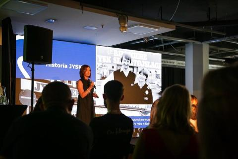 Konferencja Social Media Week - case study JYSK Vlog