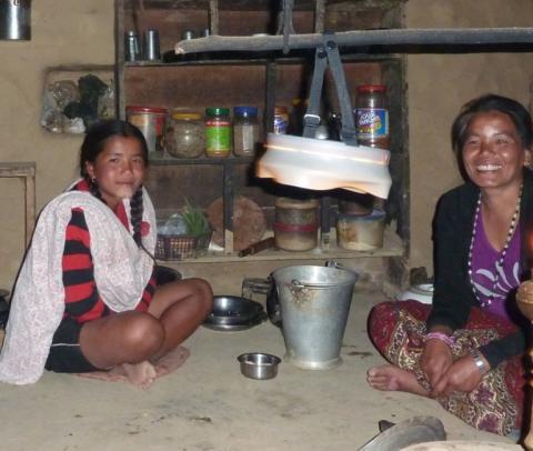 Svenska HiLight förbättrar villkoren för människor på Indiska landsbygden
