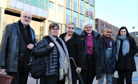 Kyrkoledare i möte med Migrationsverket om konvertiter