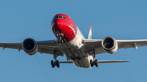 Norwegian rapporterar ett årsresultat på 437 miljoner för 2013
