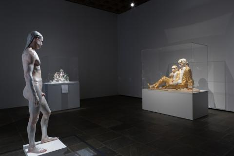 "Frank Benson ""Human Statue""  / Jeff Koons ""Michael Jackson and Bubbles"""