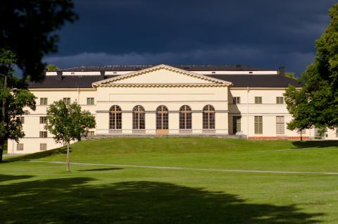 Dramaten stars at Drottningholm