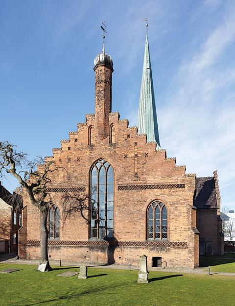 Billede 1: Nyborg Vor Frue Kirke - korets østgavl