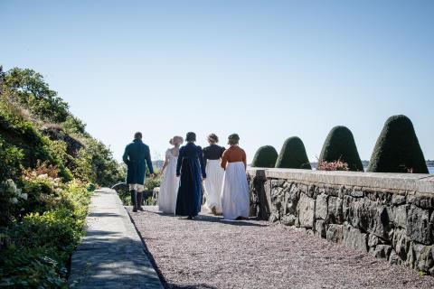 Jane Austen i slottsträdgården