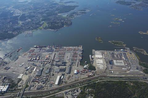 Godsterminalen vid centralen flyttar ut till hamnen
