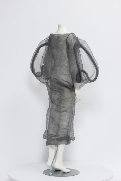 Karin Landahl 2, Garment Knots