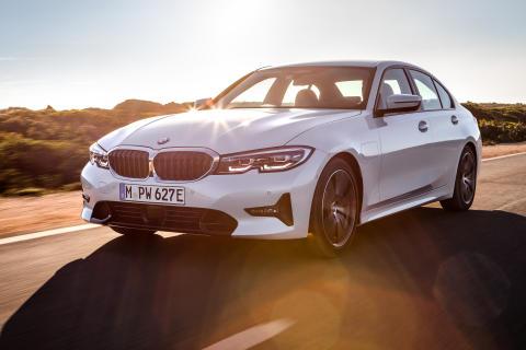 Helt nye BMW 330e Sedan