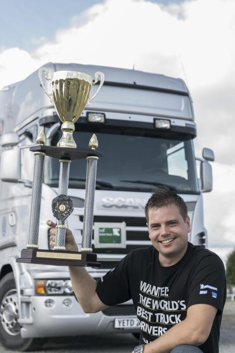 Regional finale hos Scania i Århus i Young European Truck Driver chaufførkonkurrencen 2014