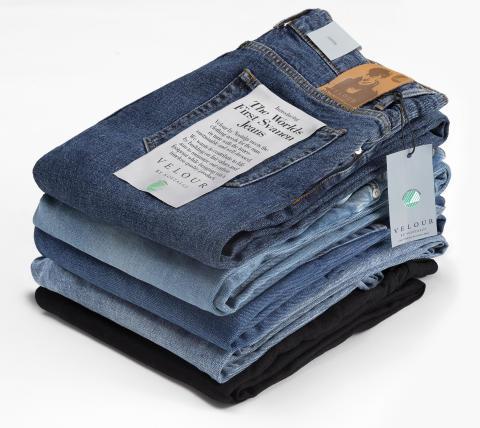 Världens första Svanenmärkta jeans (enligt Svanens senaste kriterier)