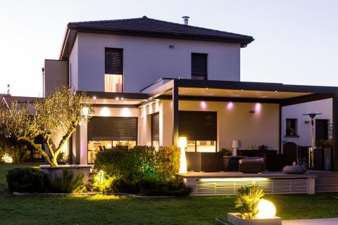 Få ökad komfort, säkerhet och bekvämlighet med smarta belysningslösningar