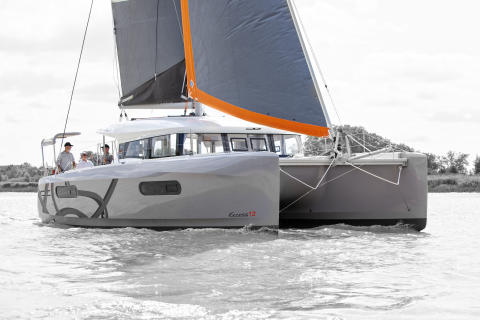 High res image - Raymarine - EXCESS 12 running