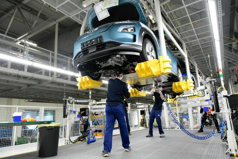 Hyundai_Kona_electric_Werk_Nosovice_075