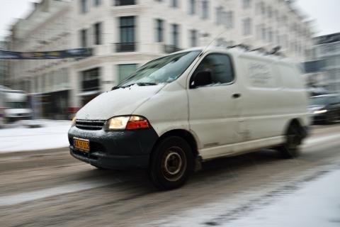 Andelen af gulplade-varebiler på vinterdæk faldet til blot 58 %