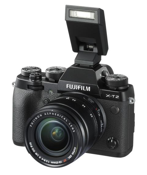 FUJIFILM X-T2 with XF18-55mm F2.8-4 and EF-X8 flash