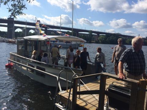 Per Ankersjö (C): Årsta holmar-båt ska även gå till Liljeholmen