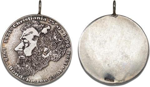 Fristaden Christiania, erindringsmedalje 1996, Thorkild Weiss Madsen. Medalje i Ag, 32 mm, 14,53 g, m. øsken og med STERLING indslået på revers, Sieg 10.1