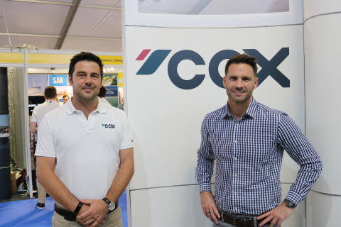 High res image - Cox Powertrain - Joel Reid with Seascape Marine's Jamie de Jong