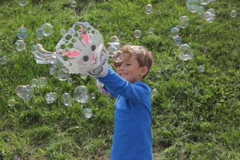 Wind Designs-Glove a Bubble