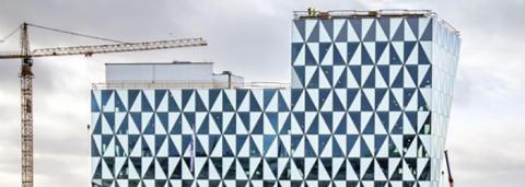 Den 1 januari 2021 flyttar Assistansbolaget högst upp i nya kontorshuset Prisma