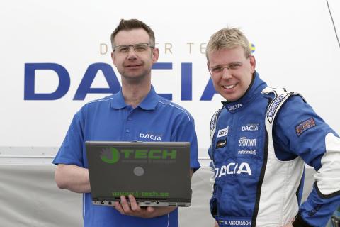 Efter fjolårssuccén – nu hjälper Zetterström Dacia Dealer Team i STCC