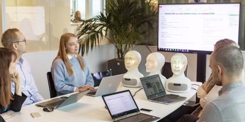 AI-Interview Robot Tengai Goes Incorporated - Focus on International Expansion