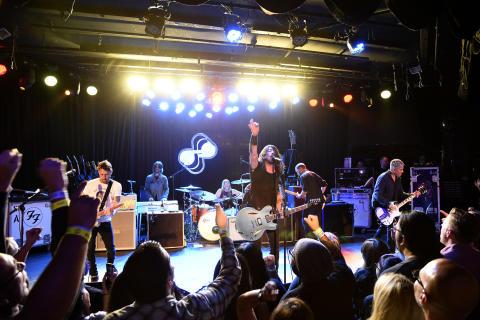 Foo Fighters promoterer høyoppløst lyd