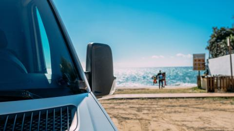 Det här ska du tänka på om du kör tjänstebil på semestern
