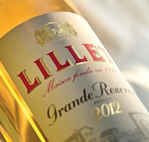 BTL - LILLET GRANDE RESERVE LABEL CLOSE UP LR