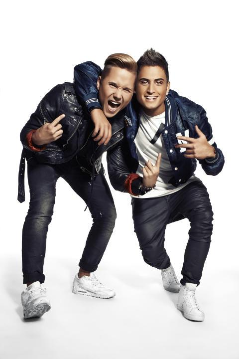 Samir & Viktor uppträder på Kungsbacka torg 10 juni