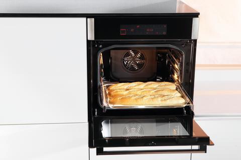 Skap avsetningsplass ved ovn og kokeplate