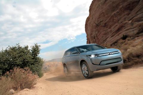 Mitsubishis första laddhybrid får Europapremiär i Genève