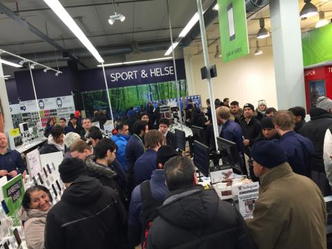 Elkjøp omsatte for 25 mill. på fem Black Friday-timer