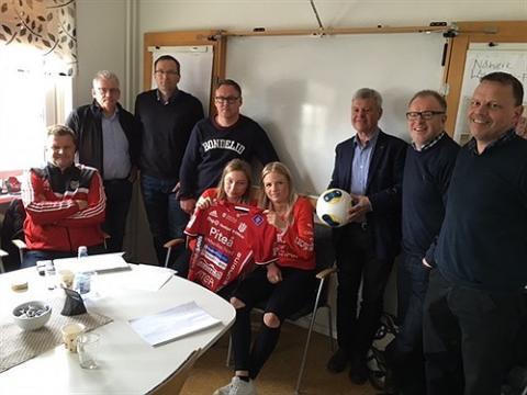 Fotbollsdamer och näringsliv i samarbete för hela länets utveckling
