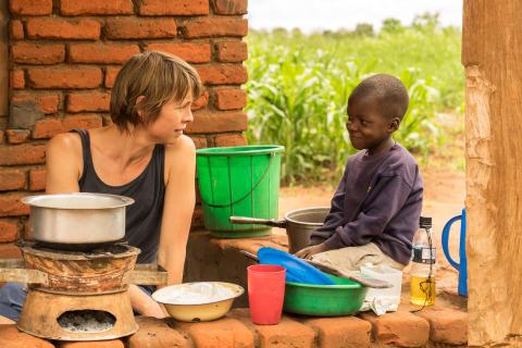 Karin Kling med Lameck Chisi