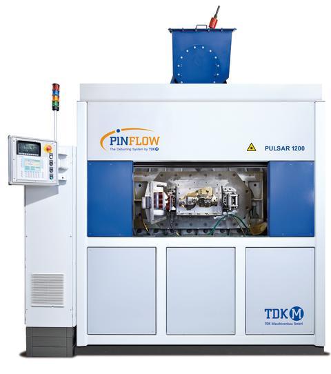 Saubere Teile – Effizientes Verfahren: TDK Maschinenbau stellt Reinigungs- und Entgratanlage PINFLOW auf der EUROGUSS 2018 vor