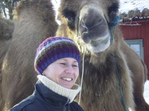 Vår kameltränare Ali syns världen över