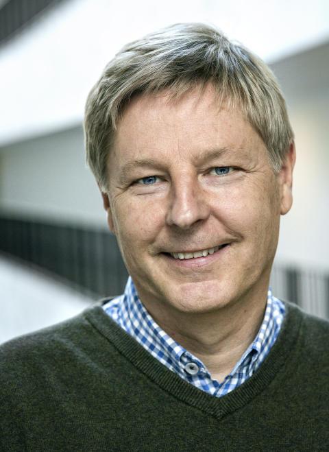 Fredrik Laurell, professor och ledare för forskningsgruppen Laserfysik på KTH. Foto: Håkan Lindgren.