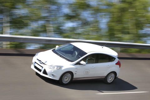 Ford Focus med 1,0-liters EcoBoost-motor sätter sexton hastighetsrekord - bild 2