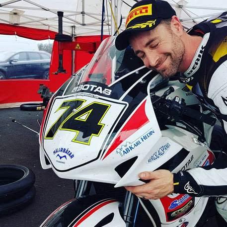 "Magnus ""Macke"" Granstedt i Pro Superbike rullar in i SM-starten."