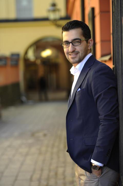 Michel Issa från Norrköping får stipendium av Kungen