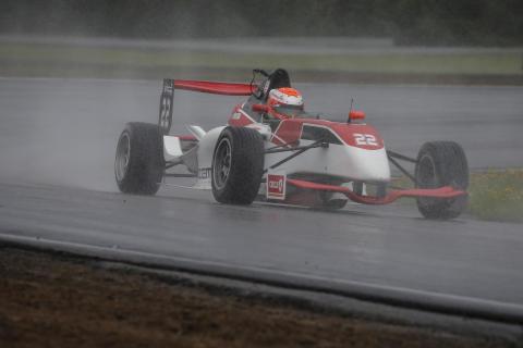 Finländaren William Alatalos andraplats var hans främsta placering så här långt i Formula STCC Nordic 2017. Foto: Tony Welam/STCC