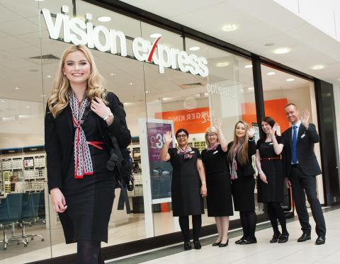 Vision Express pulls out the stops as Samantha eyes Train of Hope volunteer mission