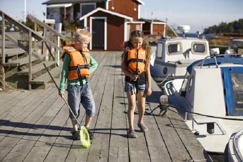 Ge barnen ett sjösäkert sommarlov!