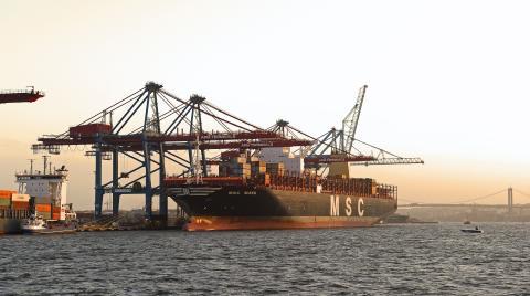 Göteborgs Hamn kräver djupare farled