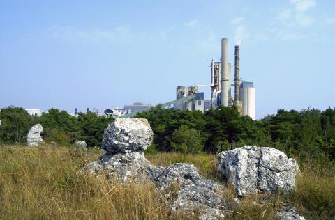 Avgörande för det framtida byggandet i Sverige – Cementa söker nytt täkttillstånd i Slite