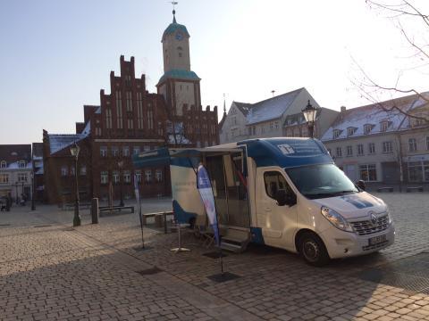 Beratungsmobil der Unabhängigen Patientenberatung kommt am 6. Juli nach Wittstock/Dosse.