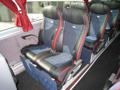 Ren luksus venter de rejsende i Haarby's nye Neoplan Starliner