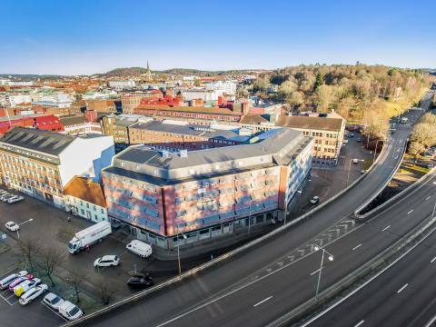 Hökerum Fastigheter köper utvecklingsfastighet i centrala Borås