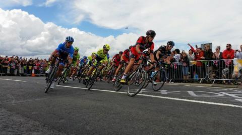 'Amazing day' - Tens of thousands watch Tour de France in Littleborough