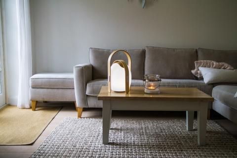 Trådlös högtalare och lampa, mini - vardagsrum